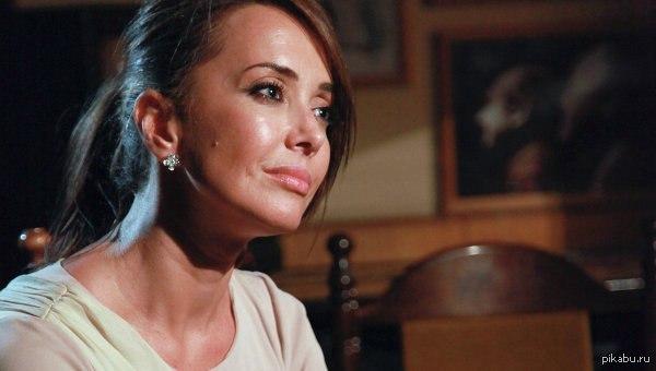 Официально подтверждено... Жанна Фриске больна раком головного мозга, за ее жизнь сейчас борются врачи. описание в комментариях