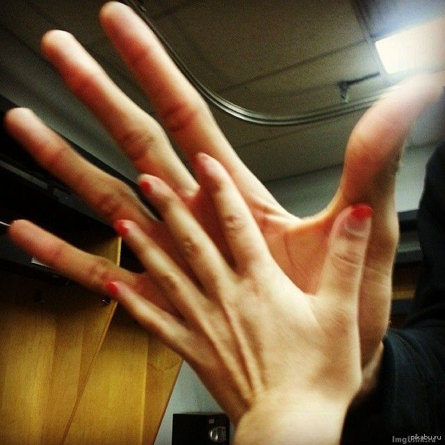 Как удовлетворить член руками