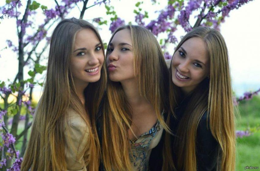 Фото редкой секс с тройняшками ублажения девушки смотреть